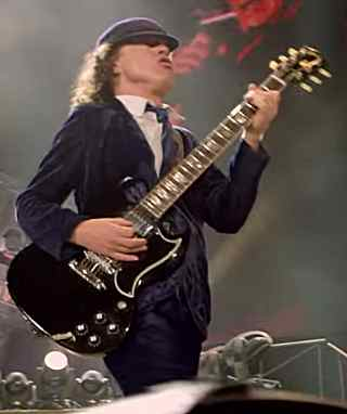 Angus Young S Guitars And Gear