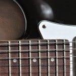 Kurt Cobain MIM Fender Stratocaster (1)
